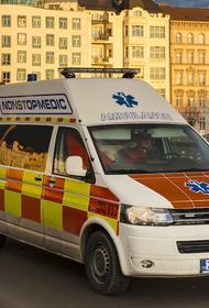 В Чехии рейсовый автобус врезался в остановку, есть пострадавшие