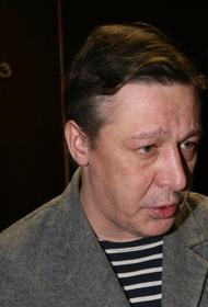 Источник: следствие намерено ходатайствовать о домашнем аресте Михаила Ефремова