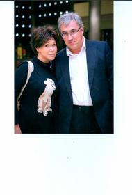 Андрей Норкин тяжело переживает смерть жены Юлии: «Очень коротко: пусть докажут измену»
