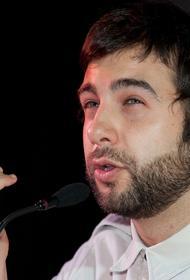 Ургант о скандале Панина на похоронах Кокшенова: «Лучше всех в нашей стране знает, что такое дно»
