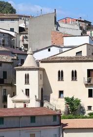 В итальянской Калабрии стали продавать дома стоимостью в один евро
