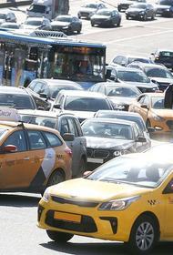 «Яндексу» отказали в приобретении агрегатора такси «Везет»