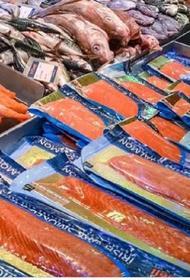 В супермаркетах Пекина из продажи убрали лосось из-за вспышки коронавируса