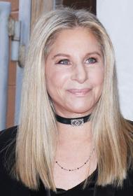Барбра Стрейзанд подарила дочери погибшего из-за действий полиции Джорджа Флойда акции Disney