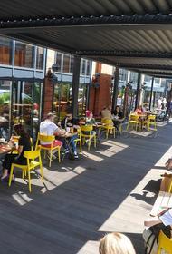 Собянин рассказал о начале работы летних веранд ресторанов и кафе