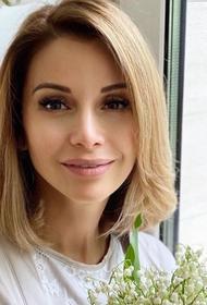 Ольга Орлова показала архивный снимок с Жанной Фриске: «Разбито сердце в 22.07»