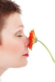 Дерматолог рассказала, чем пахнет онкология