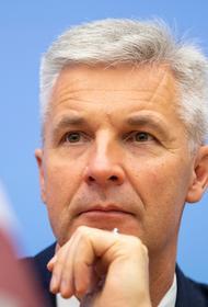 Министр обороны Латвии: Россия, как преемница СССР, продолжает оправдывать преступления