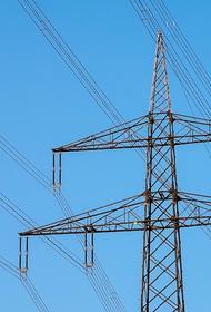 На Украине из-за непогоды более ста населенных пунктов остались без электроэнергии