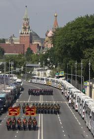 Депутат Госдумы Сергей Пахомов заявил, что парад Победы нужен не только ветеранам
