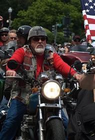 Крестовый поход мотоциклов.  Байкеры в США поддерживают Трампа и грозятся освободить Сиэтл от бунтарей