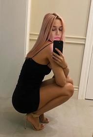 Наталья Рудова сфотографировалась в бикини