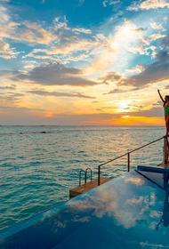 Туризм на Мальдивах начнет восстанавливаться в два этапа. Острова откроются для всех гостей 15 июля