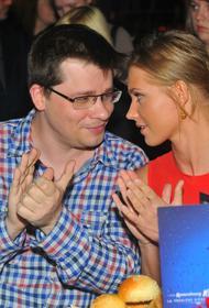 СМИ нашли доказательства, что развод Асмус и Харламова – «розыгрыш»