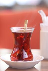 Гастроэнтеролог прокомментировал популярные мифы о чае