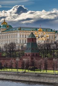 В Кремле прокомментировали снос памятников в США
