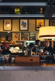 В Калифорнии закрывают бары из-за распространения коронавируса