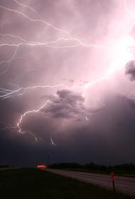 Жительница украинского села Малые Передремихи пострадала от удара молнии
