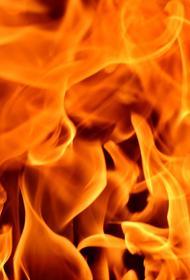 В Москве на Тверской улице произошел пожар, загорелось здание
