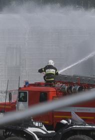 Тверская улица в районе пожара полностью перекрыта