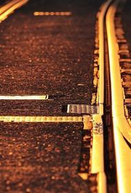 Видео, как на Украине пассажирский поезд затопило дождем