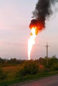 Под Самарой взорвался газопровод - полдня в небо поднимался десятиметровый столб огня. Жителей соседнего села эвакуировали