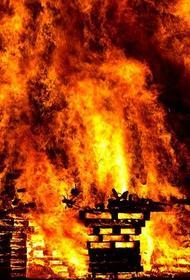 Деревянный храм XIX века почти полностью сгорел под Томском