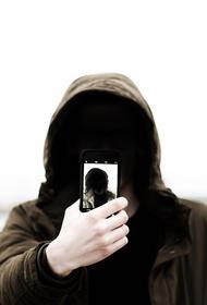 Специалист научил, как обмануть систему распознавания лиц
