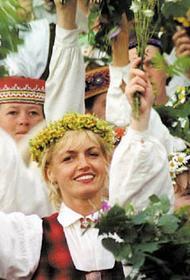 Легко ли быть молодым в Латвии