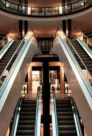 Калининград: в торговых центрах эвакуировали посетителей и сотрудников после угрозы взрыва