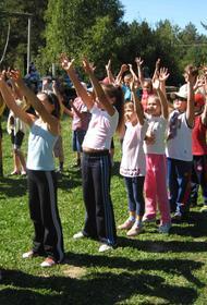 Школьникам Волгограда разрешили в лагеря