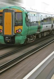 В метро Тегерана произошла авария, столкнулись два поезда