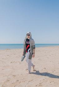 В Анапе отдыхающим запретили купаться в море