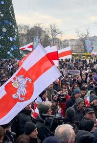 Польша рассматривает Украину и Беларусь, как свои территории