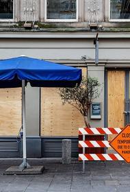 В Калифорнии прекращают работу все рестораны, бары, музеи и кинотеатры