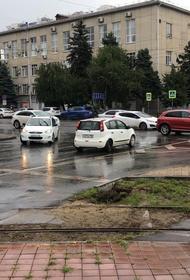 Водооткачивающая техника дежурит на улицах Краснодара