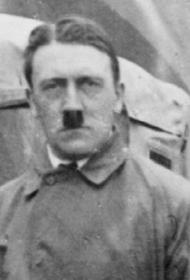 Внук организатора покушения на Гитлера считает, что потери СССР в войне слишком мало упоминаются