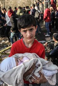 В Грецию могут хлынуть новые толпы беженцев