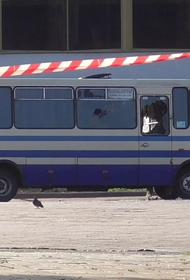 Террорист в Луцке отпустил всех заложников