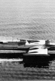 В этот день в   1961 году состоялся первый полёт советского экраноплана «СМ-1»