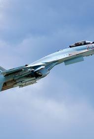 Истребитель Су-27 ВКС России перехватил американский самолет-разведчик над Черным морем