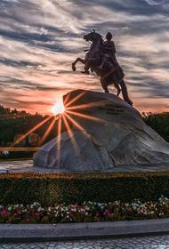 В Петербурге 27 июля открываются для посетителей торговые центры и рестораны