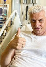 Тиньков показал видеозапись пересадки костного мозга