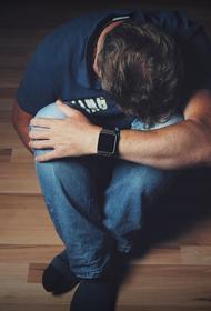 Психиатр посоветовал мужчинам плакать