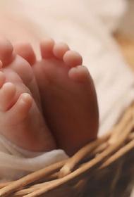 32-летняя жительница Свердловской области родила двенадцатого ребенка
