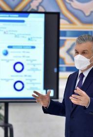 Президент Узбекистана впервые появился на публике в маске
