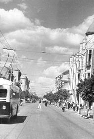 Троллейбусы вышли на улицу Красную в Краснодаре 70 лет назад