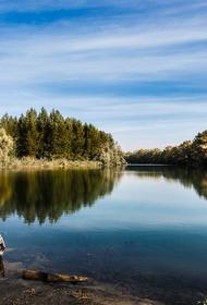 Из реки в Тверской области извлекли тело мужчины