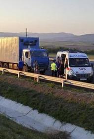В смертельном ДТП с микроавтобусом в Крыму ранены девять человек