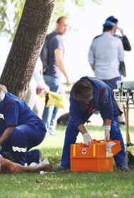 Праздник ВДВ без драки — деньги на ветер. В Москве парни в полосатых тельняшках подрались с росгвардейцами